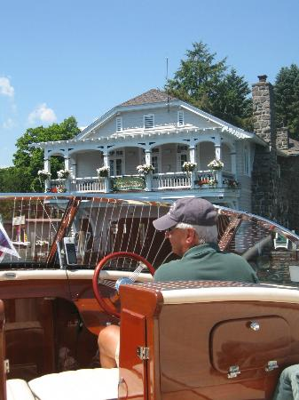 Boathouse Bed and Breakfast A Lake Castle Estate on Lake George 사진