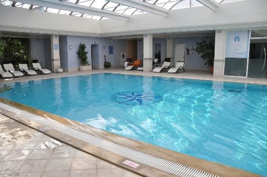 โรงแรมเลอซูลตาน: piscine du SPA