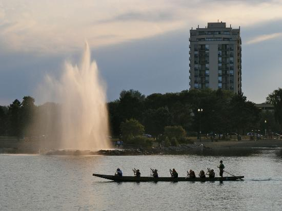 Barrie, Canadá: Rowing on Kempenfelt Bay