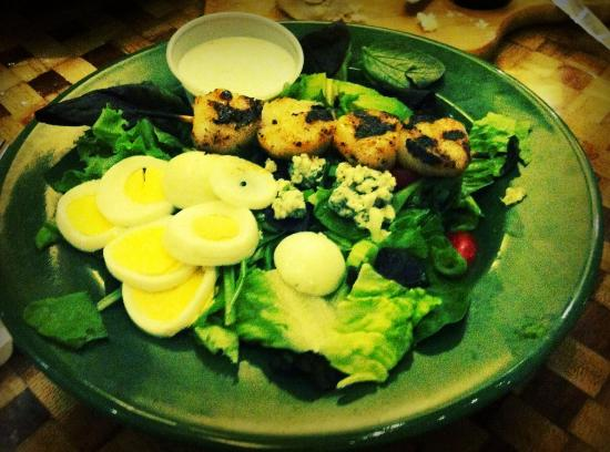 Islamorada Fish Company: Fish House Cobb w/Scallops Salad $15.95