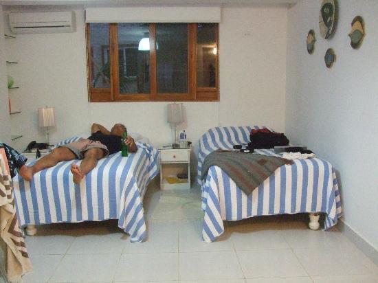 لا كاسا دي ماريتا: 2/3rds of our room 