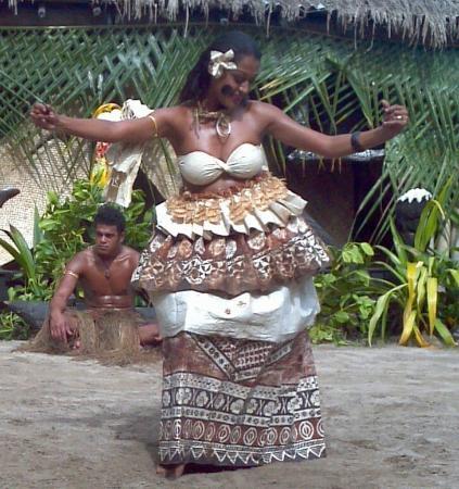 Robinson Crusoe Island Resort: Dance Spectacular