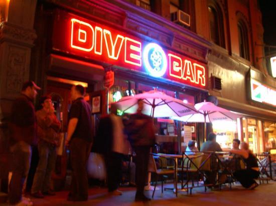 Dive bar restaurant new york city upper west side for Bar dive