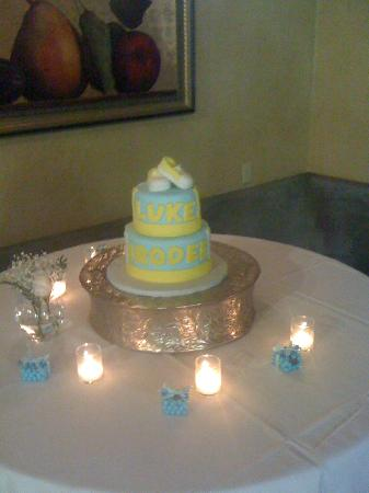 Wine & Roses Hotel, Restaurant & Spa: Baby shower cake made in house