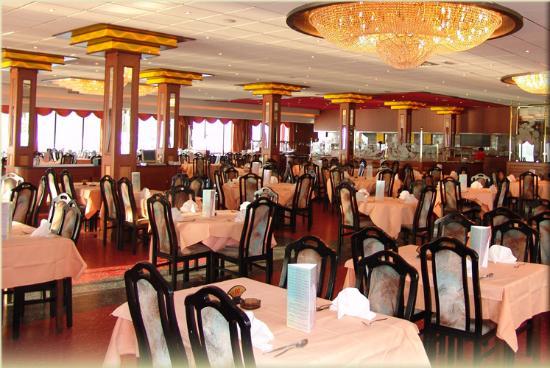 New Ocean Paradise: De Gouden Wok restaurant