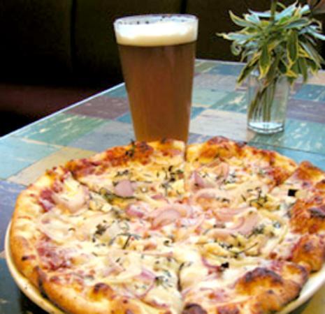 Foto de Giovanni's Brickoven Pizzeria