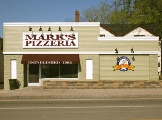 Mark's Pizzeria Photo
