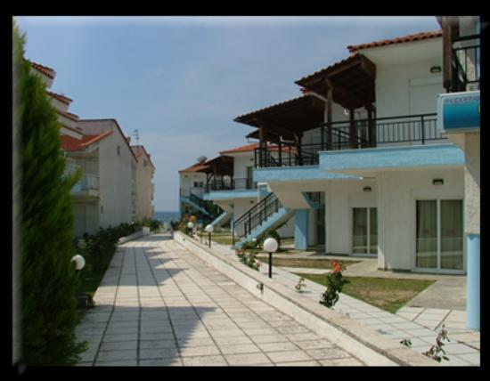 Litsa Apartments