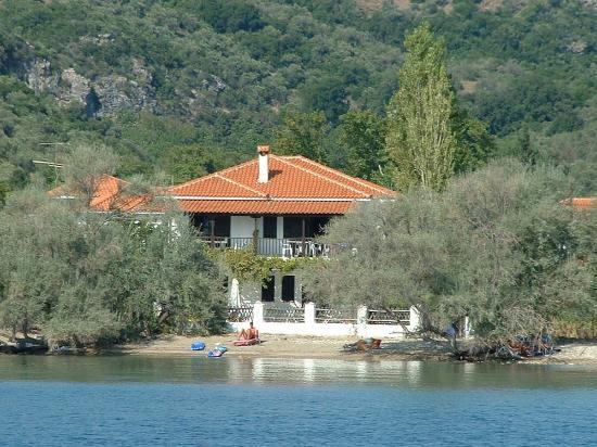 Villa Doti