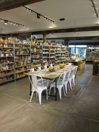 Aspens Market Deli & Grocer