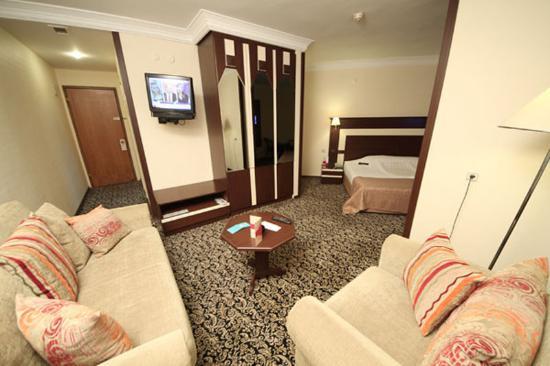 Tilmen Hotel Photo