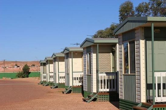 Oasis Coober Pedy Tourist Park: Fully self-contained Cabins