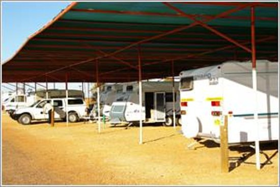 BIG4 Stuart Range Outback Resort: Shaded powered sites