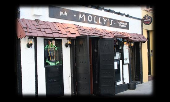 Molly's Pub & Restaurant