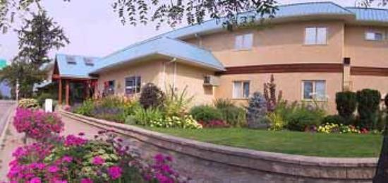 CMH K2 Rotor Lodge: Full Service Hotel