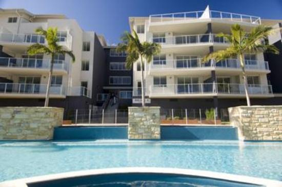 Aqua resort nelson bay australia apartment reviews for Apartment reviews