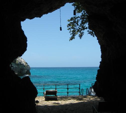 Villas Sur Mer: the grotto (cave)