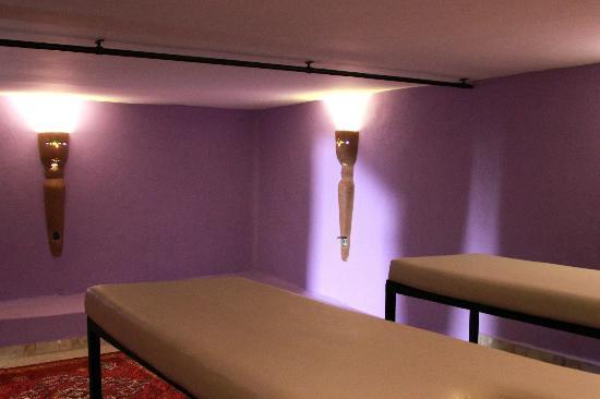 Villa Gonatouki: Hammam, massage area