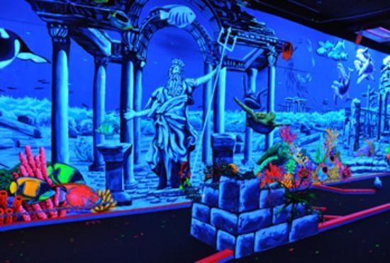 King Neptune's Indoor Blacklight 3-D Mini Golf Image