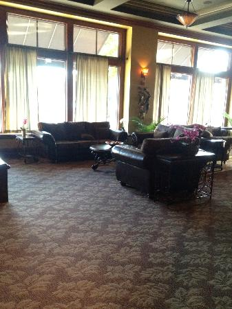 The Carlton Hotel: Lounge at restaurant