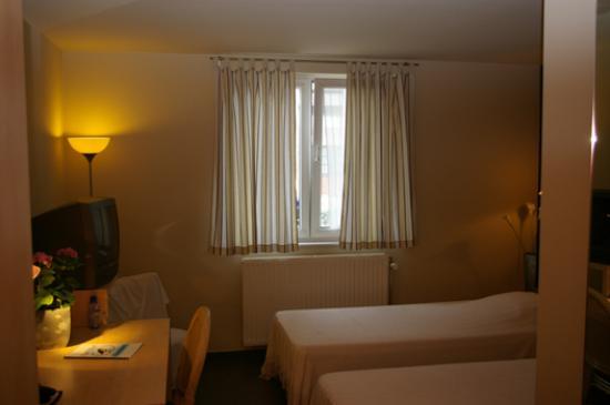Hotel Restaurant Alauda Photo