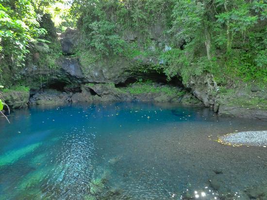Afu Aau Waterfall: Beautiful swimming