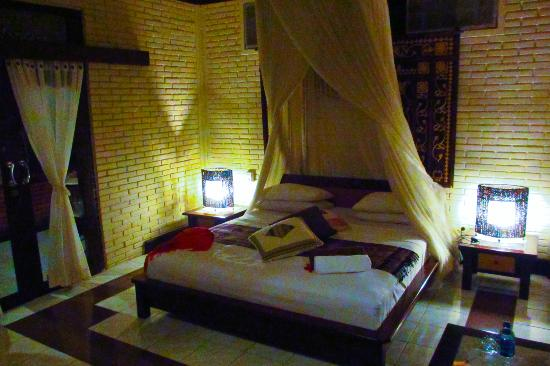 Puri Bayu Guest House: The room