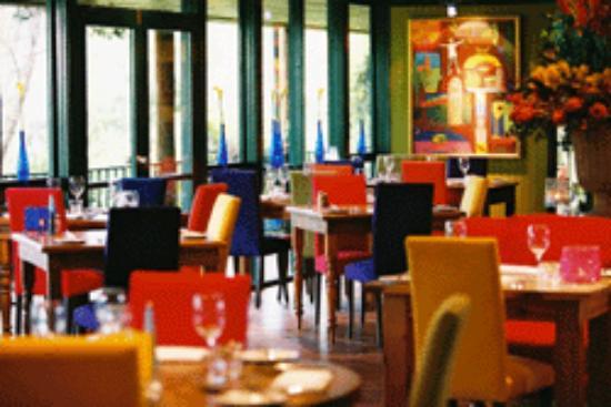 Shakey Tables Restaurant