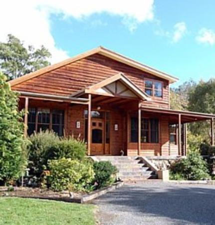 Mole Creek Lodge Bed and Breakfast