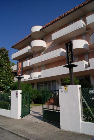 Blumen Hotel  Residence
