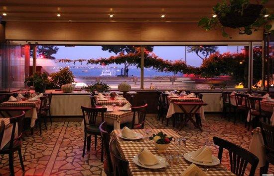 Karisma Sen Restaurant