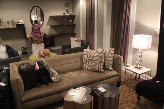 Sitting area in junior suite picture of hotel the for The family room buffalo ny