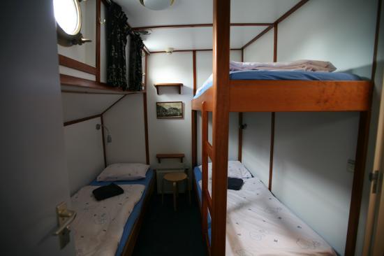Hotelboat Zwaan Image