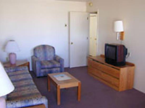 Marina Suites Motel Photo