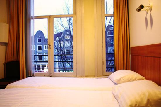 Photo of Hotel Mevlana Amsterdam
