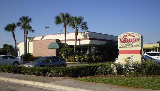 Marlee's Diner & Bakery