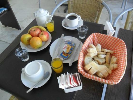 Hotel Luna serrana: Desayuno serrano