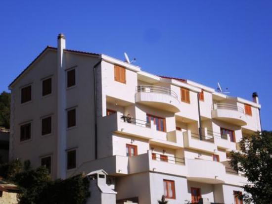 Apartmani Belic