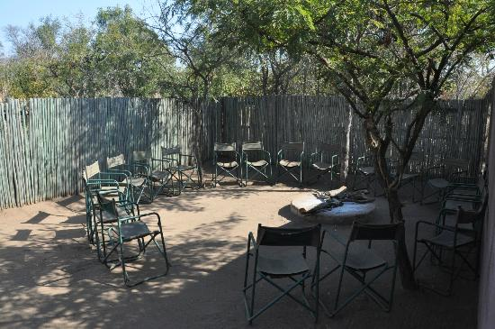 Honeyguide Khoka Moya & Mantobeni Camps: Boma (outside dining area - certain nights)