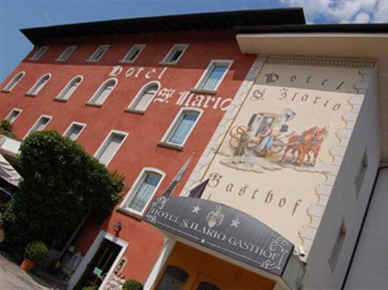 Ristorante Pizzeria Sant'Ilario : La nostra bellissima facciata