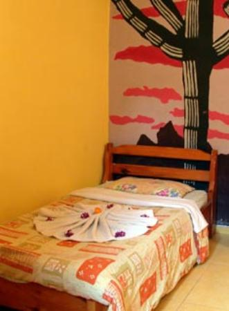 ANZ Guesthouse: single room