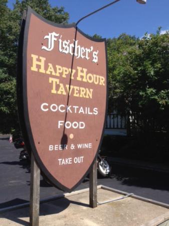 Fischers Happy Hour Tavern : Fischer's Sign