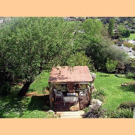 Pioneer Cottage: Gazebo