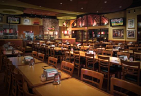 Shakey 39 s el monte menu prices restaurant reviews for Pizza restaurants