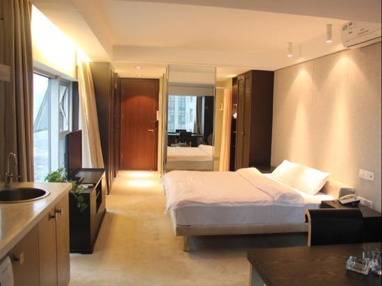 Comma Apartment Chengdu Xinian