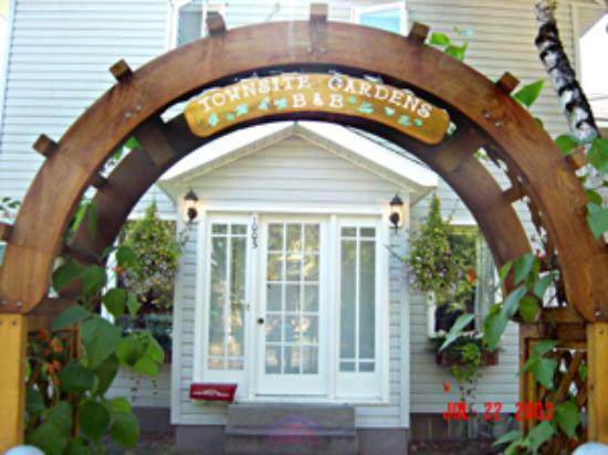 Photo of Townsite Gardens Bed & Breakfast Fairbanks
