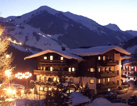 Photo of Hotel Altachhof Saalbach