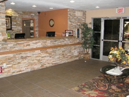 La Quinta Inn & Suites Las Vegas RedRock/Summerlin: lobby