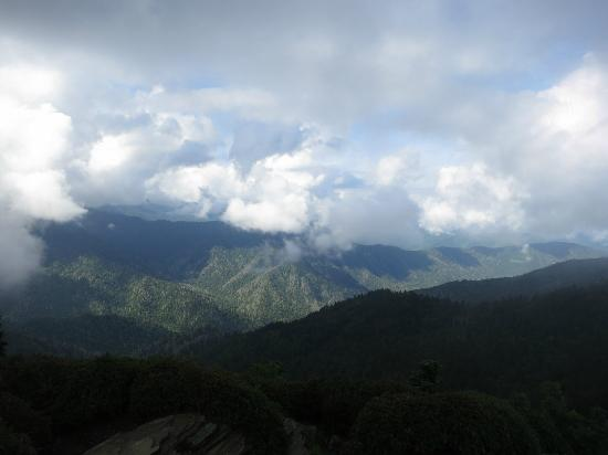 Mount LeConte: View from Cliff Tops!
