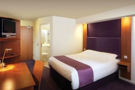 Premier Inn Reading Central Hotel Photo